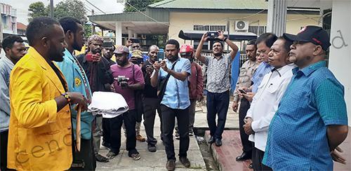 Dukungan Laurenzus Kadepa Pimpin DPRP Mulai Disuarakan